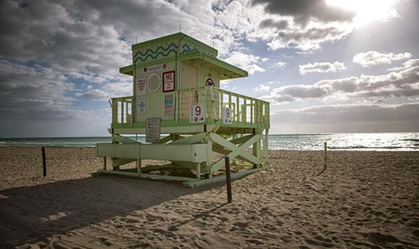Haulover Park Beach lifeguard stand