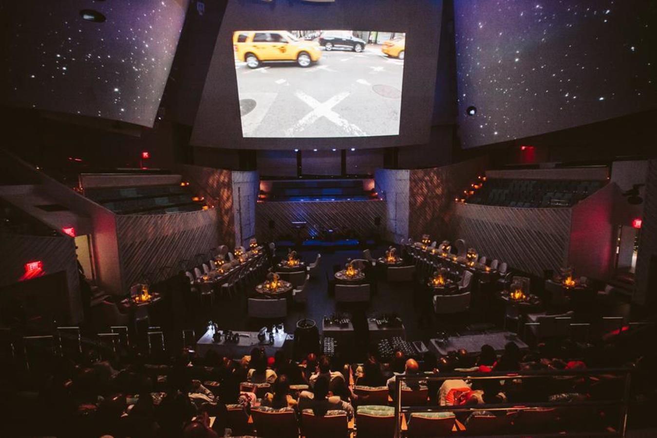 Performance Hall Plated Dinner auf der flachen Bühne Kein Einfahren mit Vorwärtsprojektion