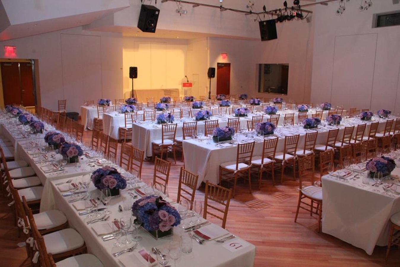 Überzogenes SunTrust-Pavillon-Abendessen