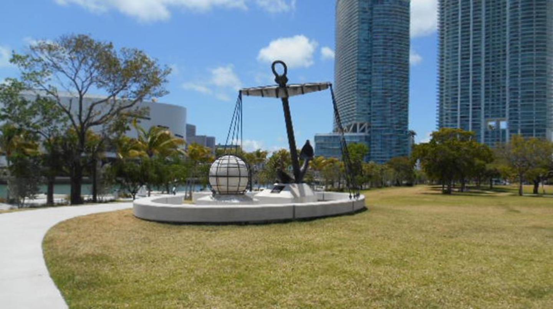 Plaza of the Spanish Navy/Plaza de la Marina Española monument, erected by Mayor Xavier Suarez and t
