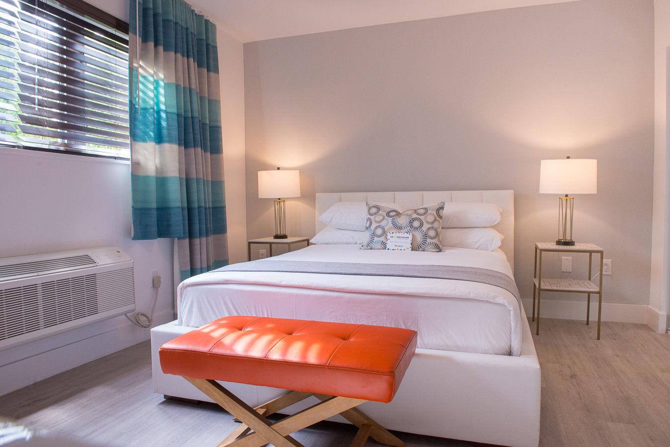 One Bedroom Queen - Bed