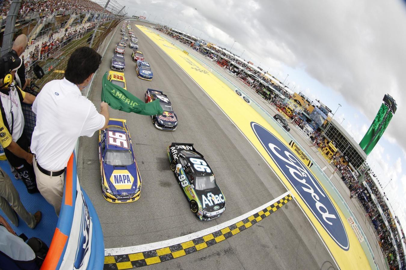 Green Flag at Start/Finish Line