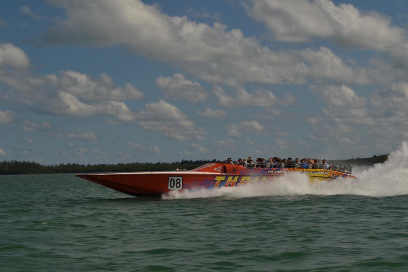 Komm mit uns an Bord 08 Thriller Miami