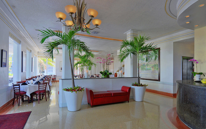 Avalon hotel lobby