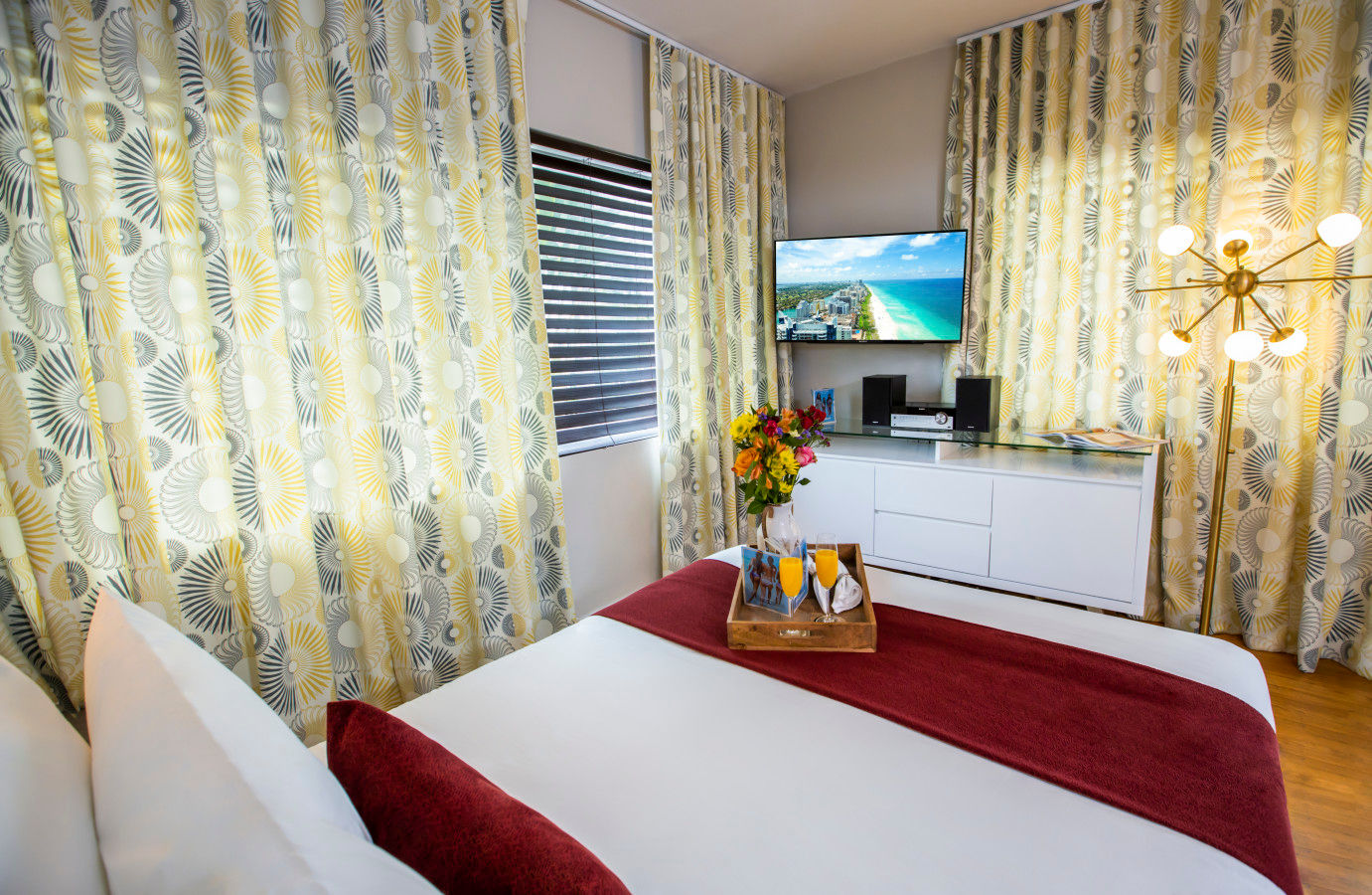 Beachside All Suites Hotel - comfortable beds