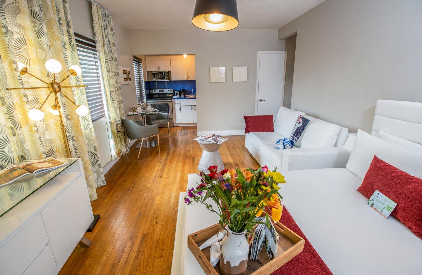Beachside All Suites Hotel - apartment suites
