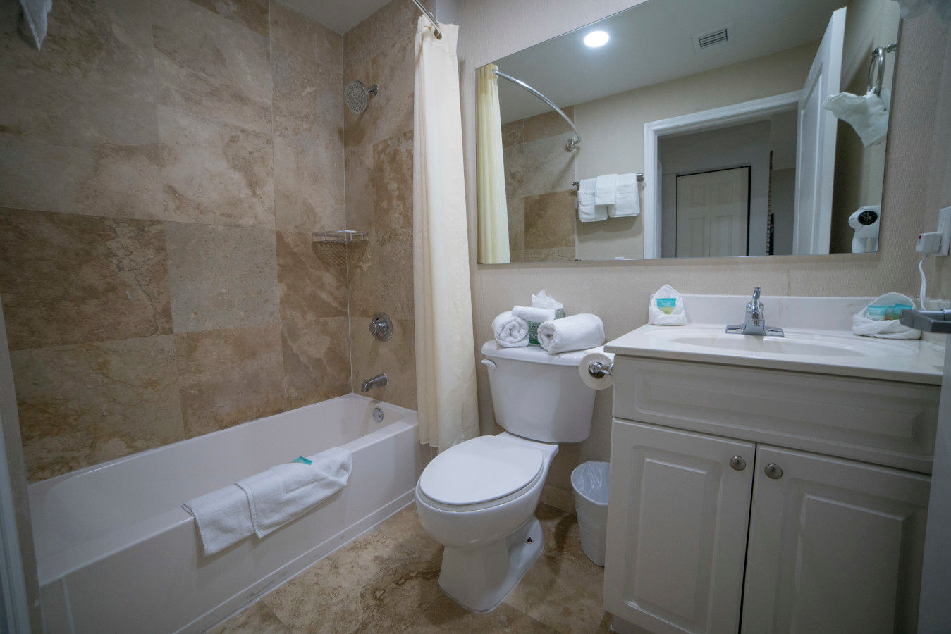 Standard Suite Bathroom
