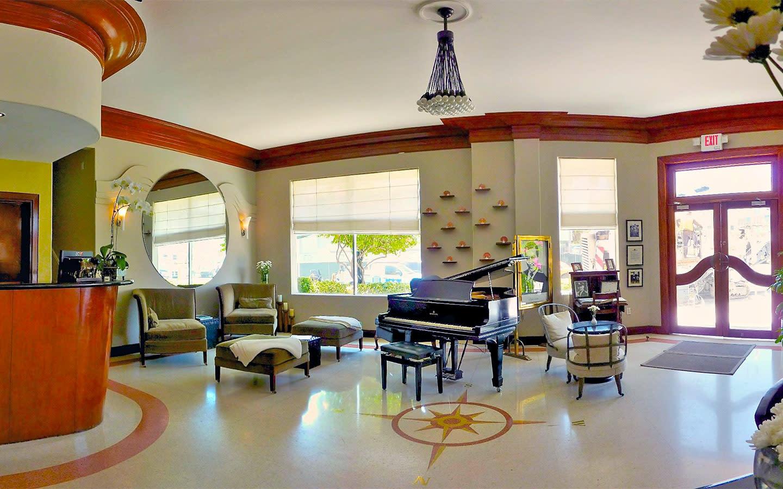 Cadet Hotel Classic Lobby