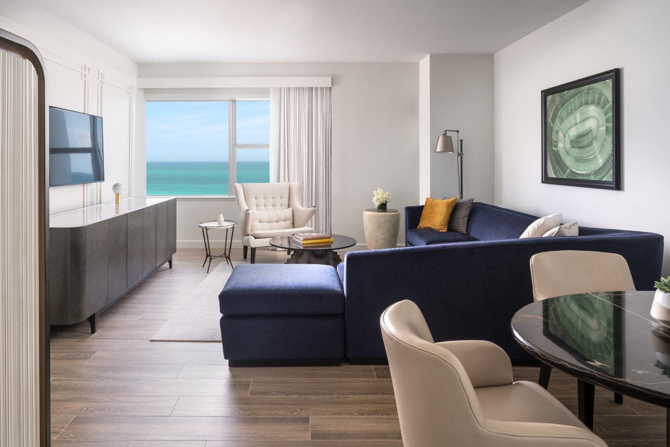 Club Oceanfront Suite