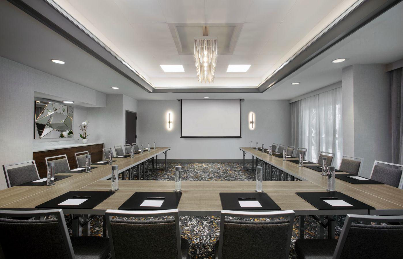 Meeting Room-U Shape