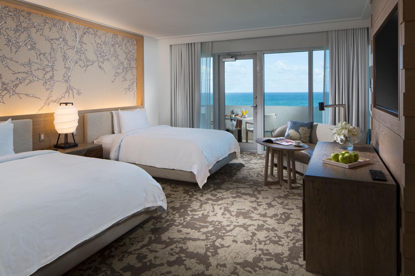 """Делюкс с двумя кроватями размера """"queen-size"""" и видом на океан - Нобу HotelMiami Beach"""