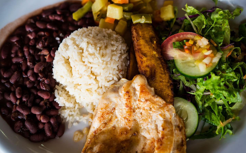 El Eden Cafeteria & Restaurant