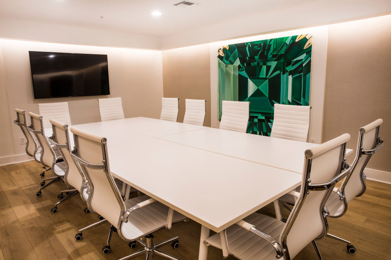 Emerald Meeting Room