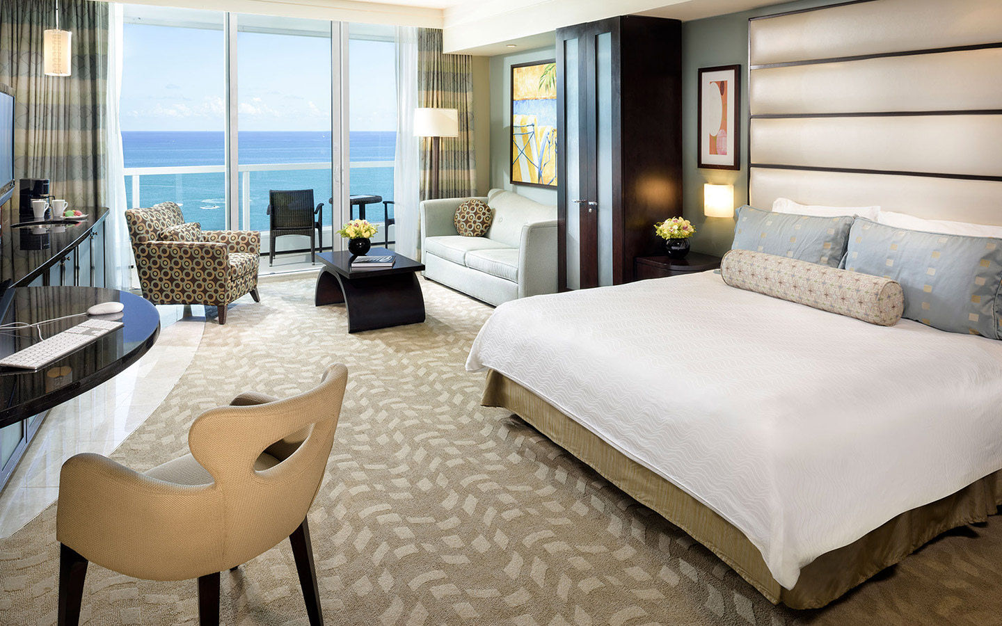 Fontainebleau Miami Beach Ocean View Suiten