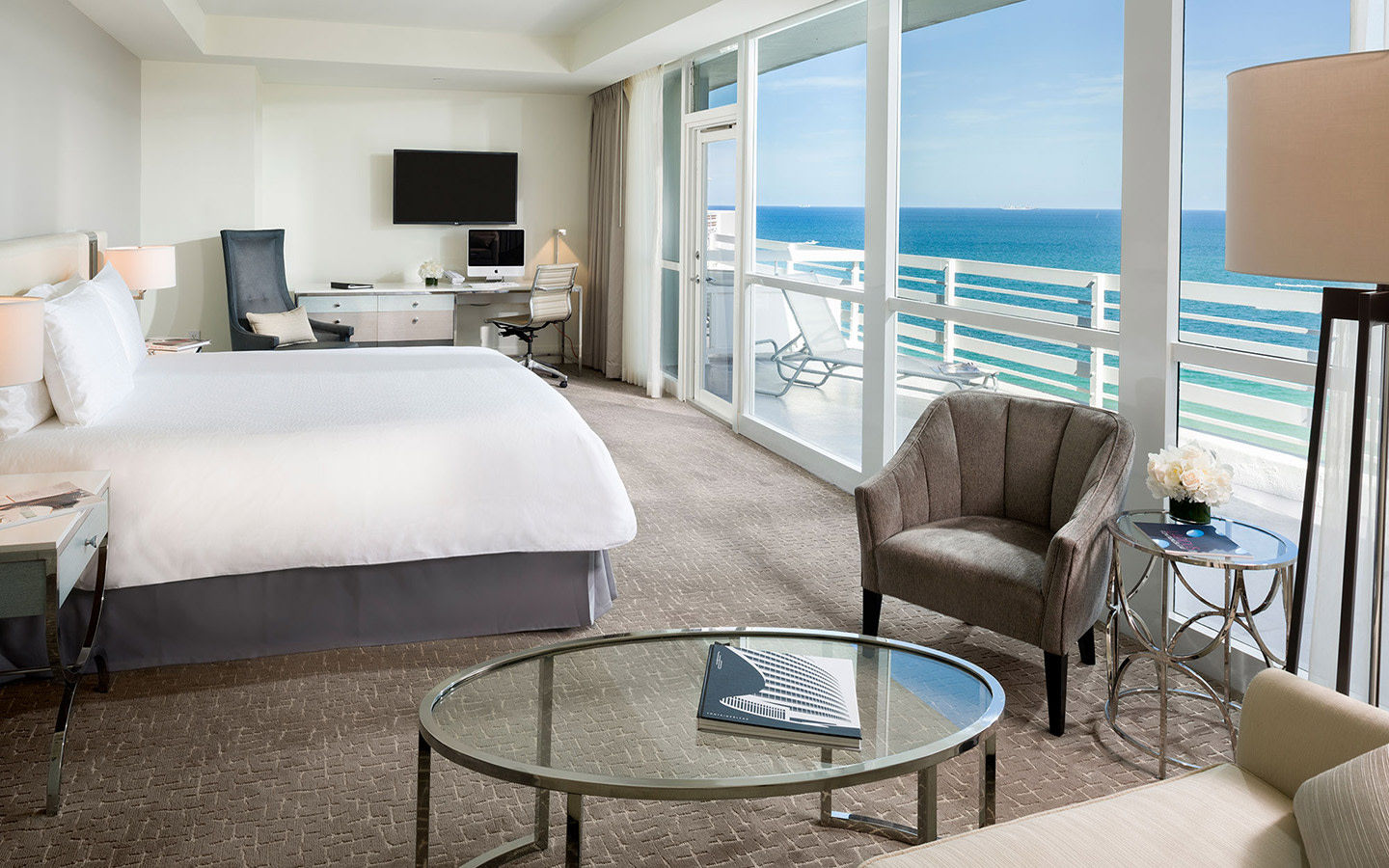 Fontainebleau Miami Beach Suiten mit Meerblick