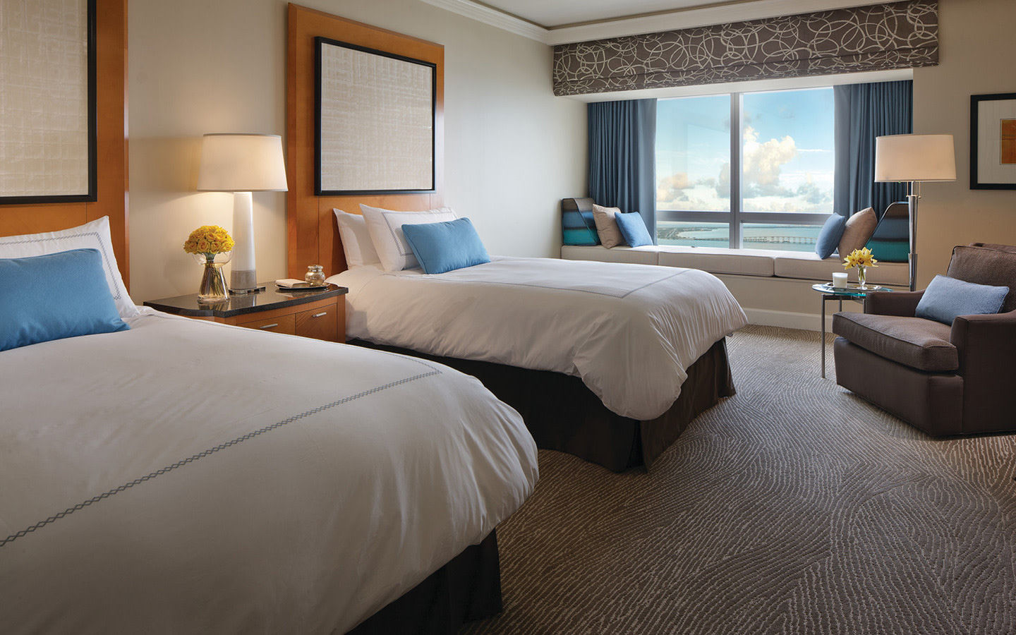 Premier Bay View Guestroom - Doubles
