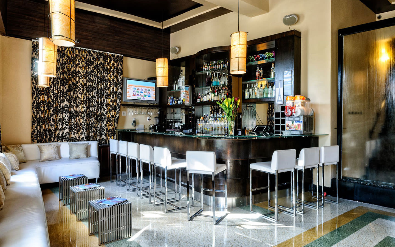 Hotel Chelsea Lobby Bar