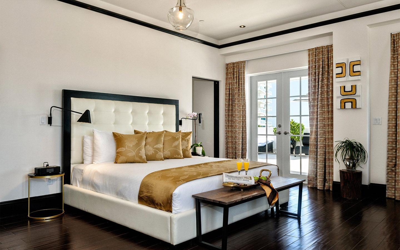 Room Accommodations at Hotel Croydon
