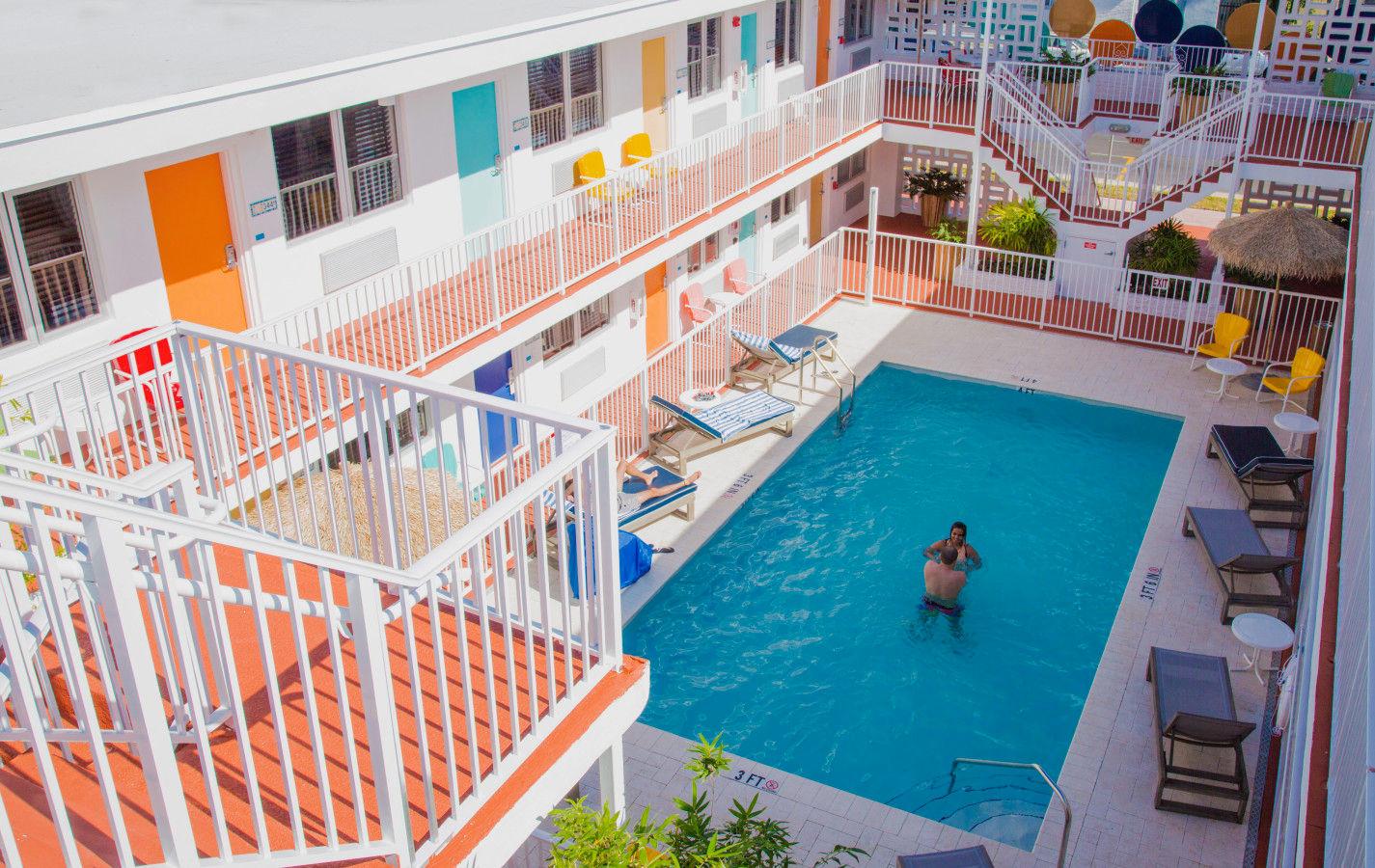 Waterside Hotel - Pool