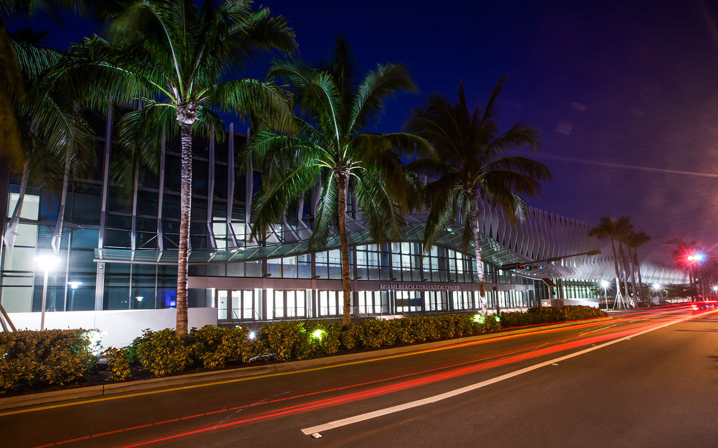 Miami Beach Convention Center la nuit