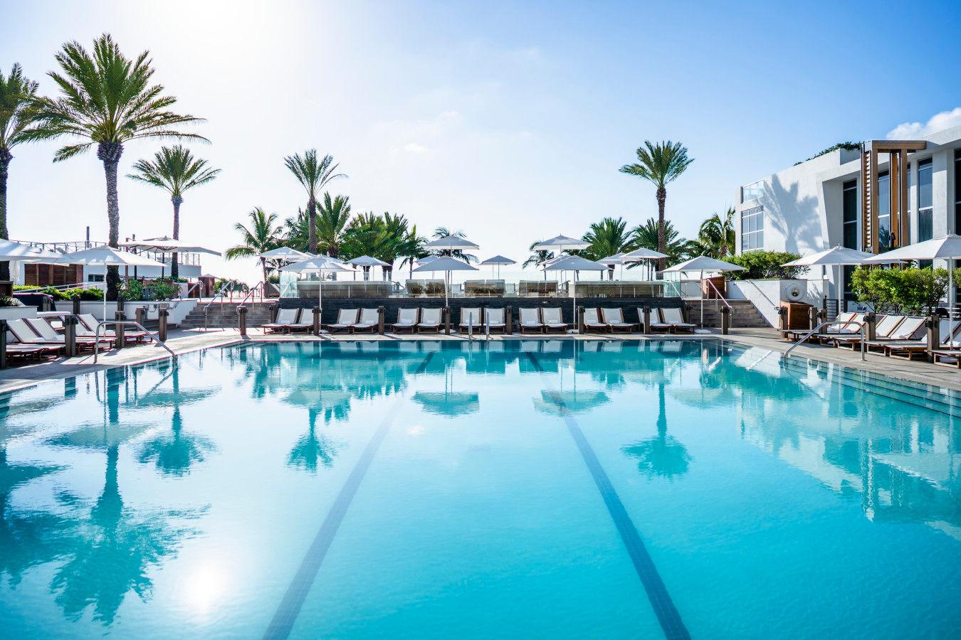 Palladium Luxury Pool