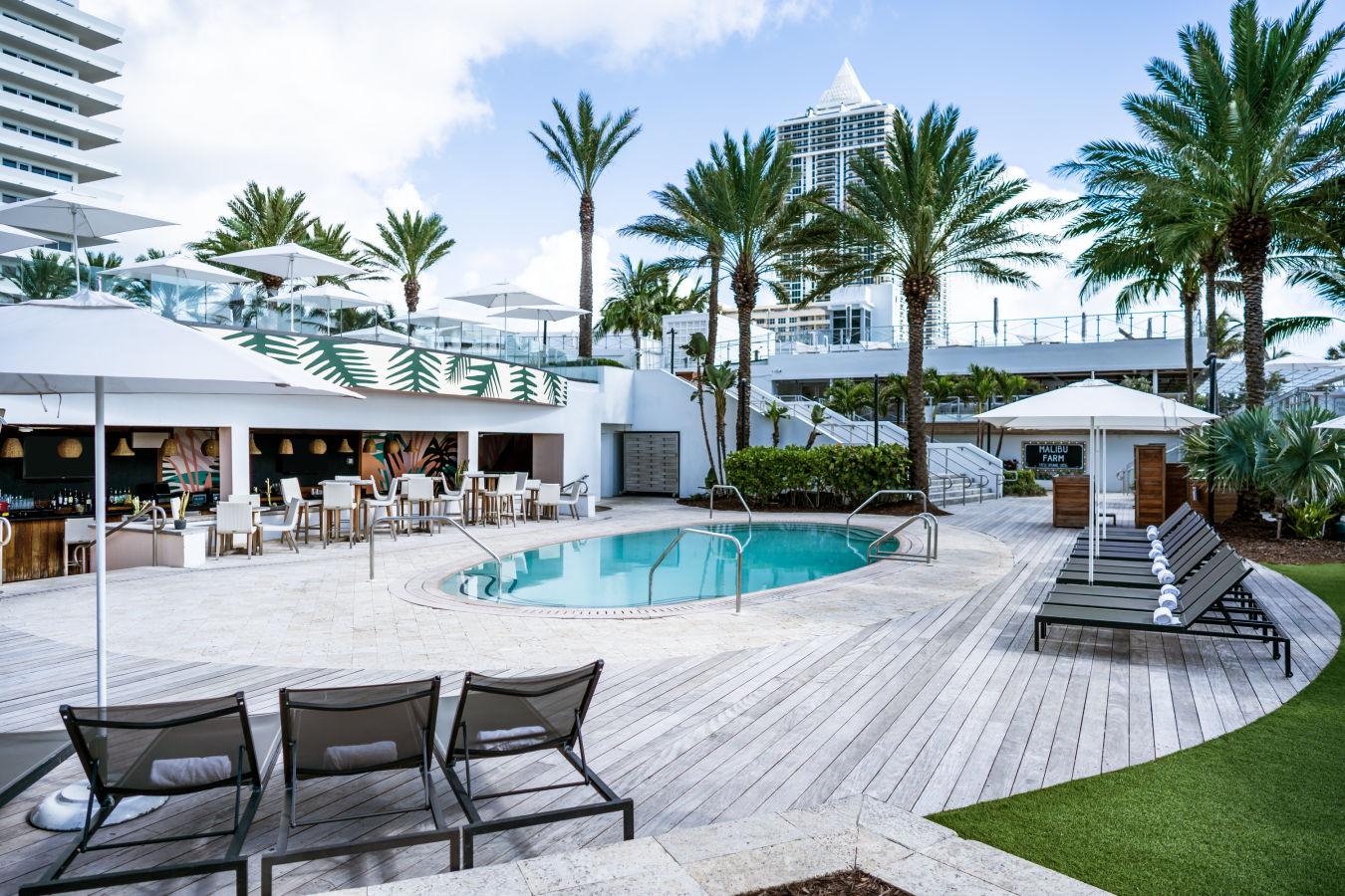 Aquatica Bar & Pool