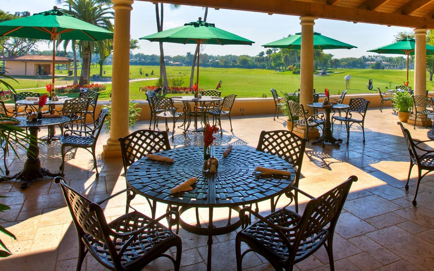 Dine by the golf course