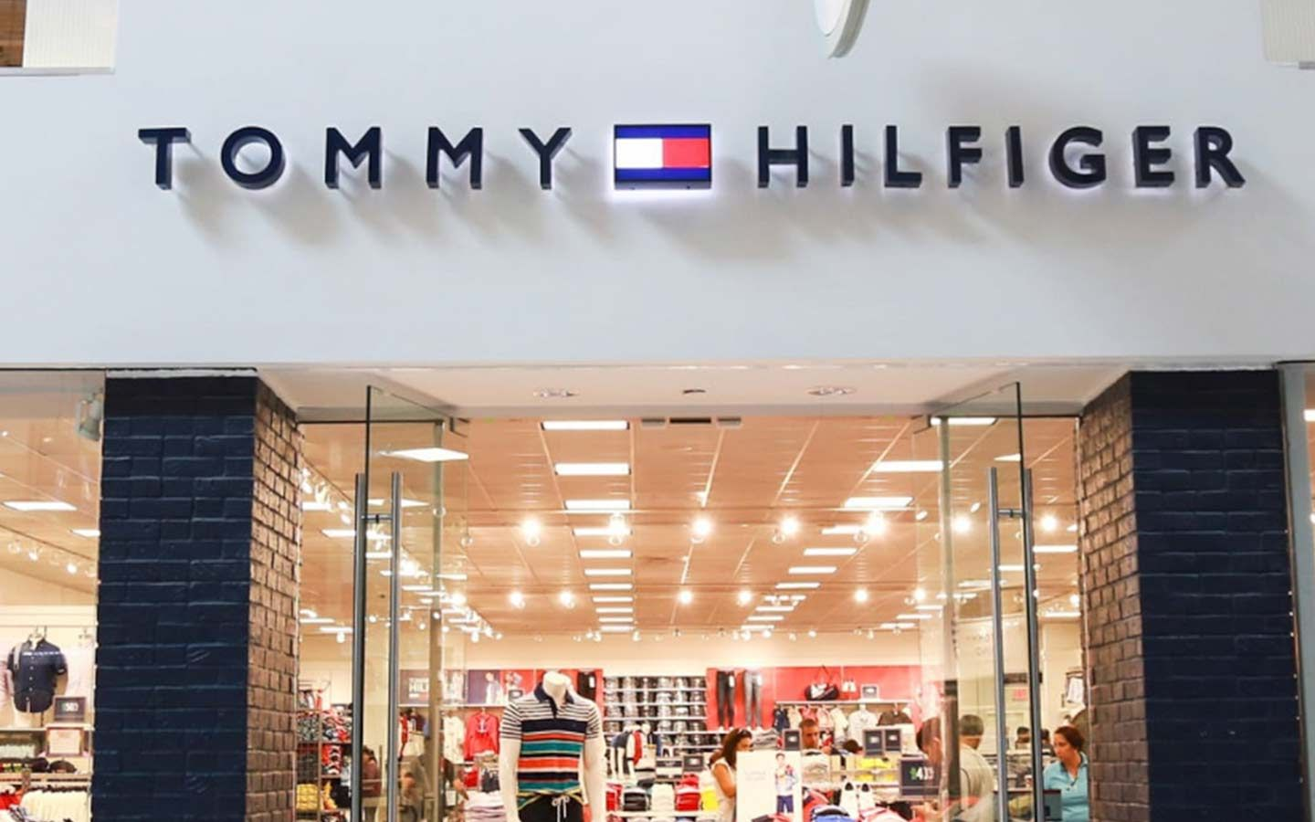 Tommy Hilfiger at Dolphin Mall