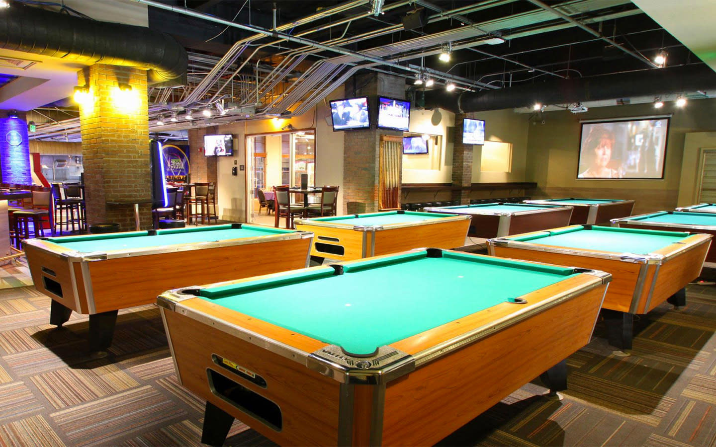 Billiard Lounge at GameTime