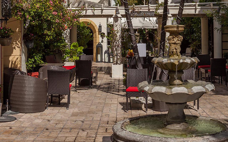 Hotel Ocean Courtyard