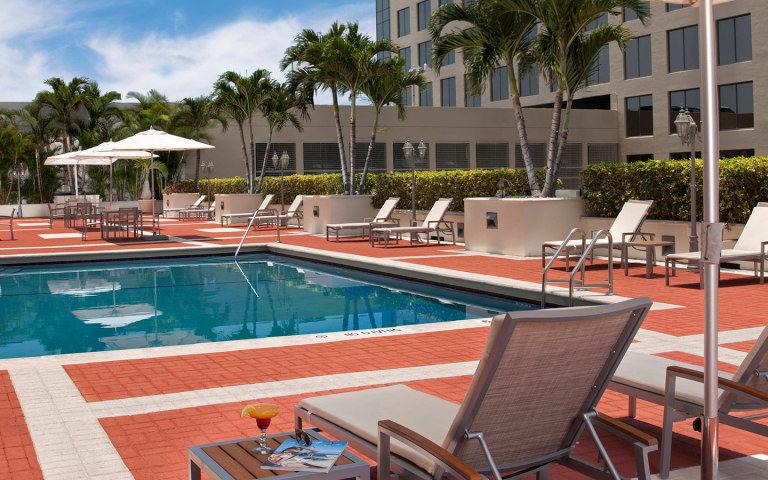 Miami Marriott Dadeland: Fall into Travel