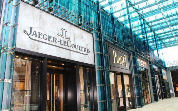 luxury storefronts in Miami Design District