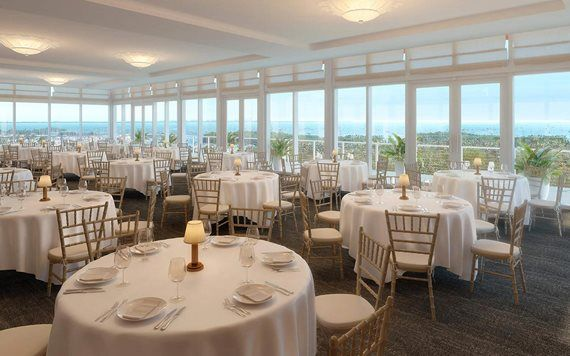 dining room with a view at Bellini