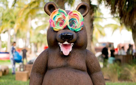 Tony Tasset's Bear at Art Basel