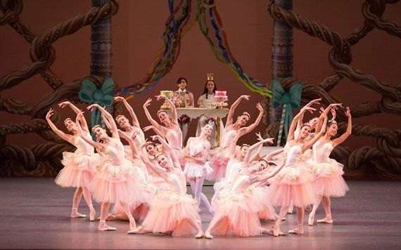 The Miami City Ballet performs George Balanchine's The Nutcracker!