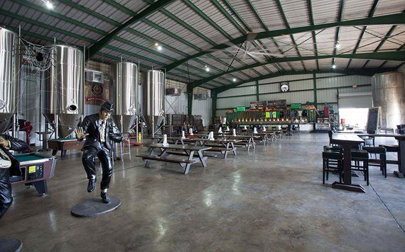 Schnebly Redlands Winery & Brewery in-house brewery