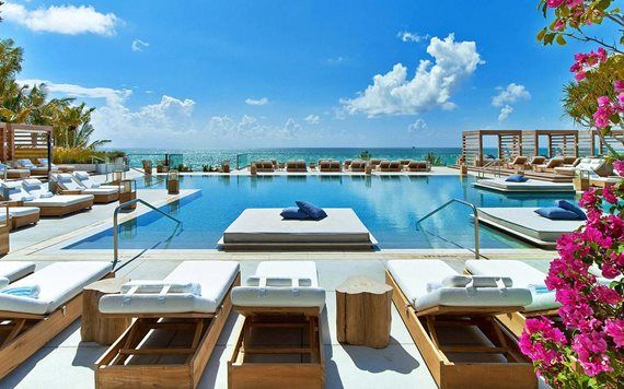 1 Hotel South Beach poolscape