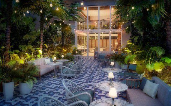 Mr. C. Coconut Grove courtyard