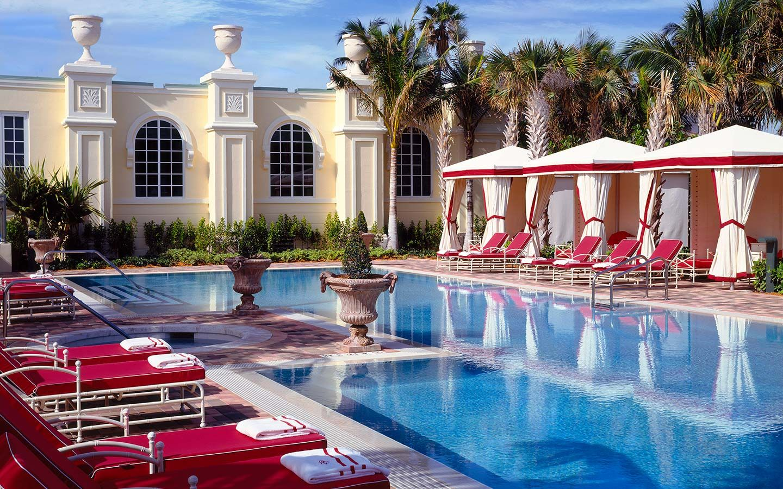 acqualina spa pool