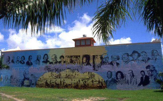 Mural de construção do Miami Times
