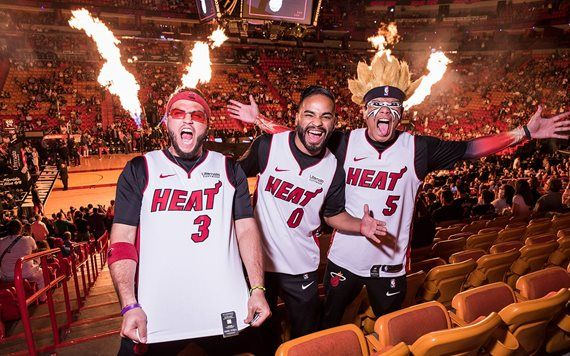 Amigos en el Miami Heat Game