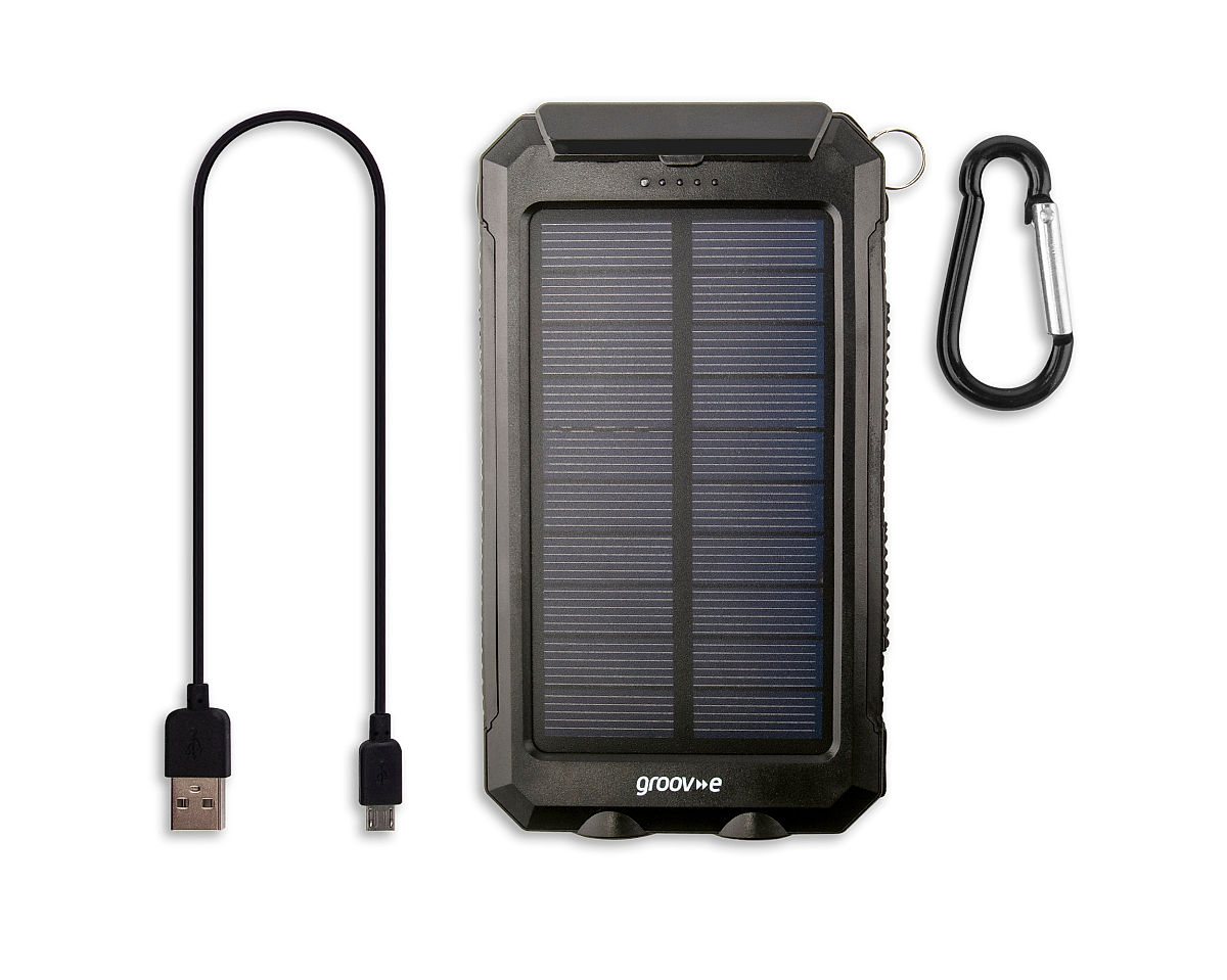 Box Contents • Solar Charger • Micro USB Cable • Carabiner