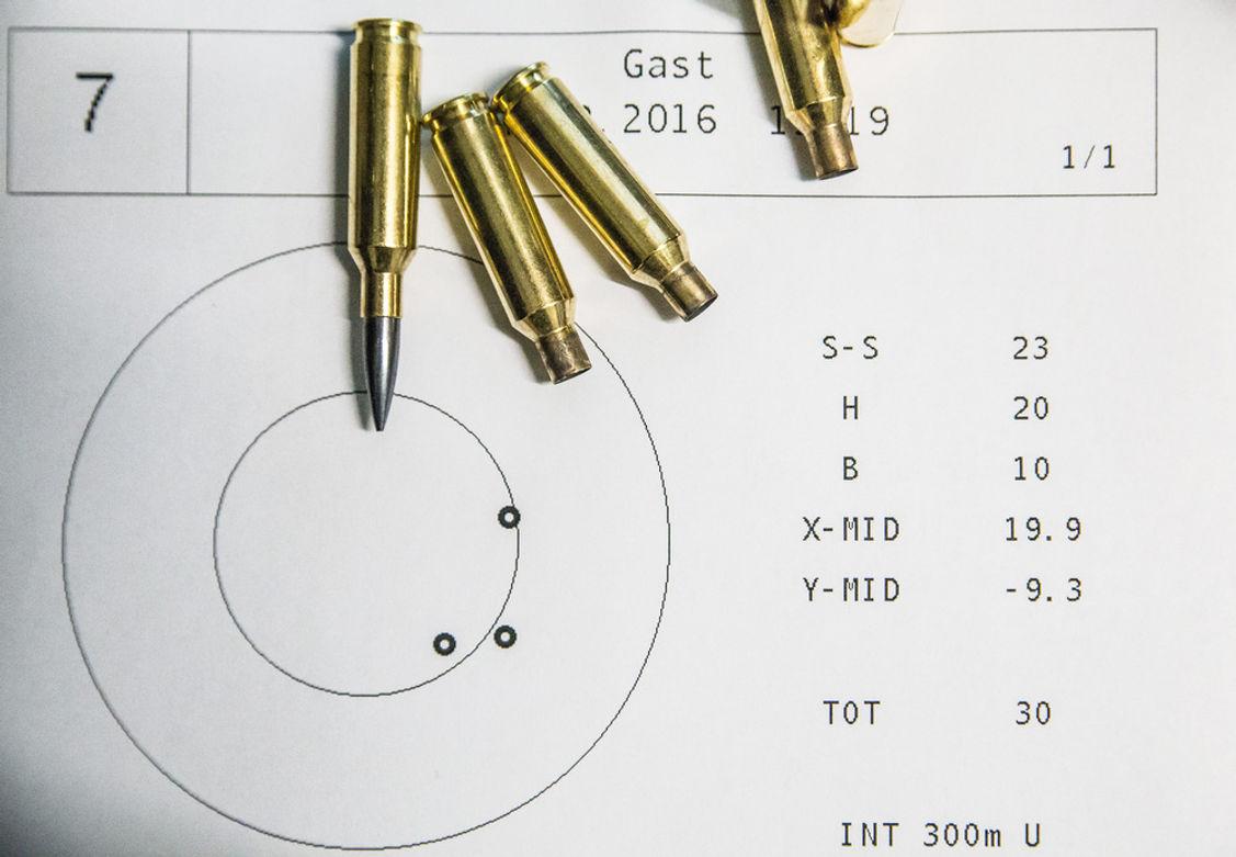 Auch auf 300m bleibt man konstant unter 30mm. Auch bei 5-Schuss Gruppen.