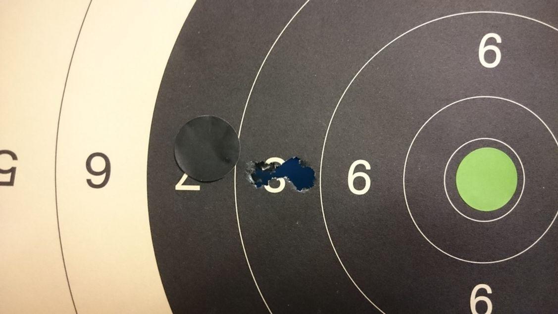 3 Schuss, 100m. Passt :)