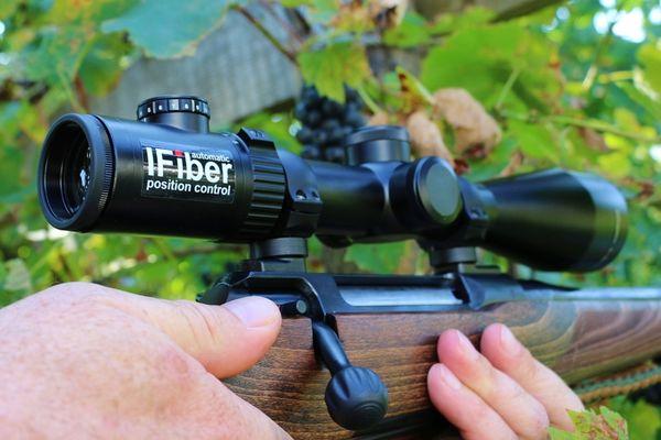 Leupold Zielfernrohr Mit Entfernungsmesser : Burris eliminator iii laser scope zielfernrohr
