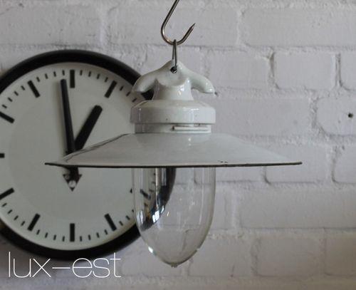 'VISTA M' Bauhaus Design Lampe Emaille Glas Porzellan Industrie