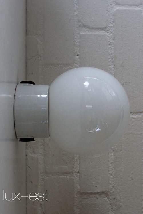 'BERLIN S OPAL I' Bauhauslampe Wandlampe Industrie Lampe Opalglas
