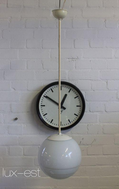 'KLARA II' Pendel Lampe Opal Glas Kugel Bauhaus Design DDR