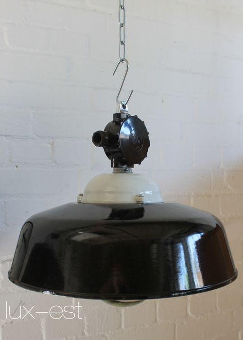 'APOLDA POLIERT' Industriedesign Fabrik Lampe Bakelit Porzellan