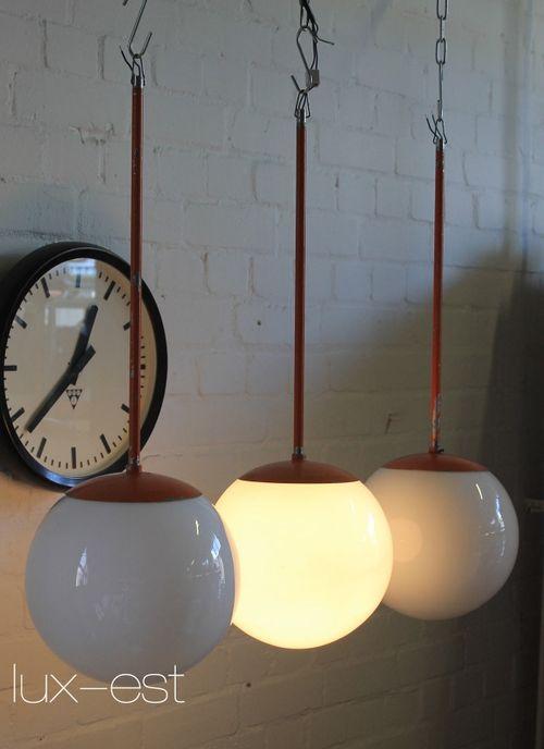 'SARA M' Pendel Design Lampe Opal Glas Kugel Bauhaus Vintage